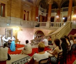 Guided tours in the Budapest Opera House