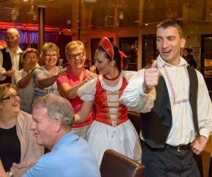 Budapest Dinner Cruise with Operetta & Folklore Show