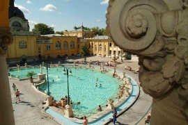 Bagni Termali Szechenyi : Biglietto intero giorno alla bagni széchenyi a budapest