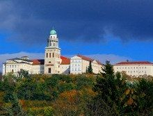 Private Pannonhalma Tour - Benedictine Abbey of Pannonhalma