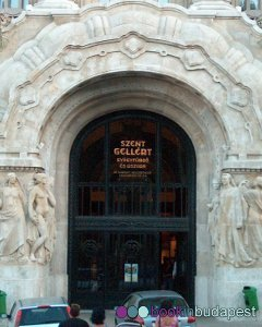The entrance of the Gellert Thermal Bath